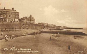 Beach & Promenade, Walton-on-the-Naze, Essex, England c1910s Vintage Postcard