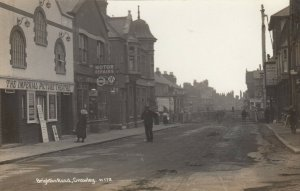 RP: CRAWLEY, Sussex, England, 00-10s ;Brighton Road at Imperial Picture Theatre