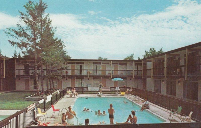 NIAGARA FALLS, Ontario, Canada, 1950-1960's; Motor Hotel, Swimming Pool