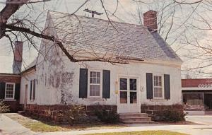 WARSAW VIRGINIA RICHMOND COUNTY CLERK'S OFFICE-USED SINCE 1747 POSTCARD 1960s