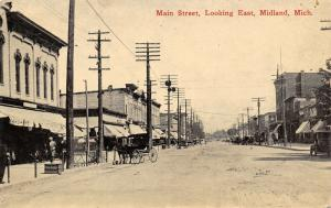 Midland Michigan~Main Street East~Reinhart Hardware~Horse Buggies~1912 Postcard