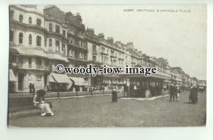 tp9774 - Sussex - Everfield Mansions Place & Various Shops, Hastings - postcard