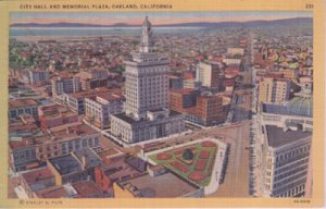 CITY HALL & MEMORIAL PLAZA Birds eye view shows heart of downtown Oakland, 1930s