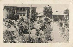 RP: EL PASO , Texas , 1930-40s ; Wm Beaumont Gen. Hosp. , Gymn & PX