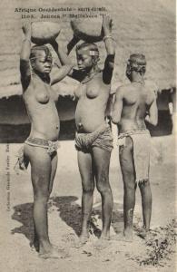CPA Senegal Ethnic Nude Fortier - 1105. Jeunes Malinkées (70859)