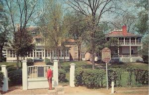 Prairie du Chien Wisconsin~Colonel Dousman's Villa Louis Mansion~1960s Postcard