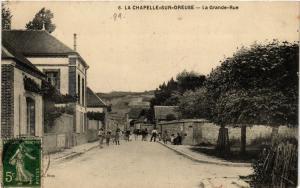 CPA   La Chapelle-sur-Creuse - La Grande-Rue   (357977)