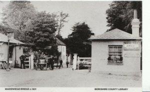 Berkshire Postcard - Maidenhead Bridge c1901 - Ref ZZ4025