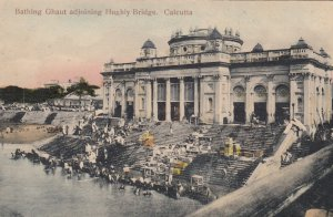 CALCUTTA , India , 00-10s ; Bathing Ghaut adjoining Highly Bridge