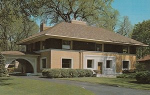 River Forest, Illinois, 1950-1960s ; The William H. Winslow House and Stable