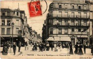 CPA TROYES Rues de la République Aube (100844)