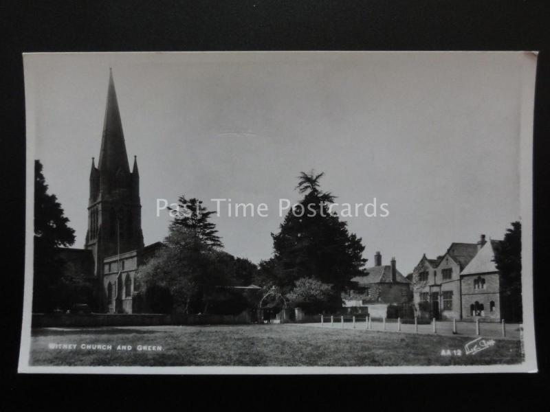 Oxfordshire WITNEY CHURCH & GREEN - Old RP Postcard by Walter Scott AA12