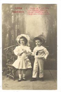 Amor Infantil, Poem, Boy and girl posing in fancy outfits, 00-10s
