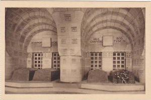 France Douaumont Cloitre de l'Ossuaire Alveoles des Tombeaux