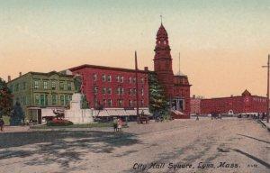 LYNN , Mass. , 00-10s ; City Hall Square
