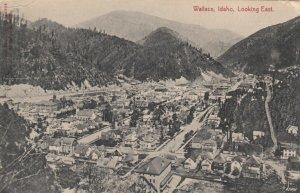 WALLACE , Idaho , 1910 ; Looking East