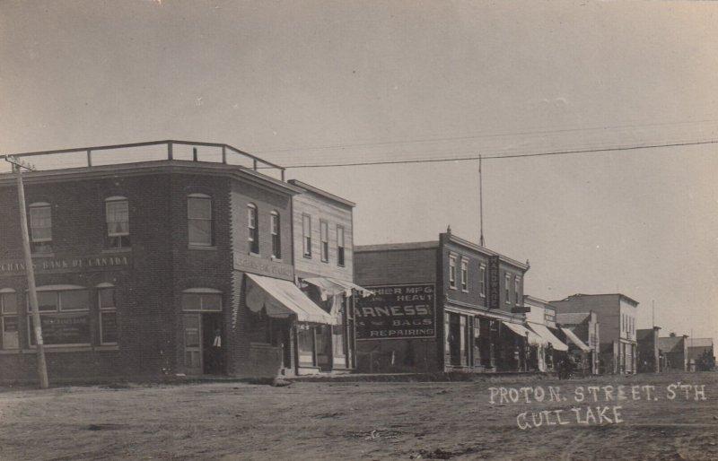 RP: GULL LAKE , Sask. , Canada , 1900-10s ; Proton Street, South