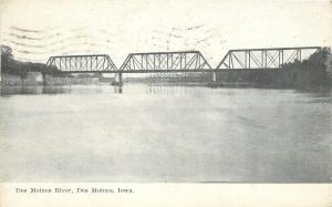 Des Moines Iowa~3 Span Steel Bridge Across Des Moines River~1909 B&W Postcard