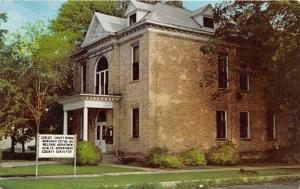 White Cloud Michigan~Newaygo County Court House~Gemco Treasure House Postcard