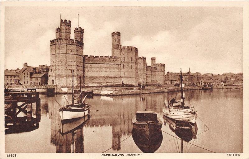 BR59722 carnarvon castle ship bateaux   wales