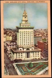 California OAKLAND City Hall Rises 360 feet seventeen floors - LINEN