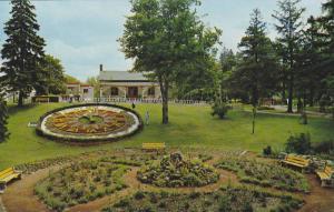 Floral Clock , Riverside Park , GUELPH , Ontario , Canada , 50-60s