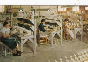 PIGEON FORGE , Tennessee , 1950-60s ; Pottery Factory