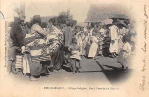 Madagascar Diego Suarez Village Indigene, Fete a l'arrivee du General trimmed