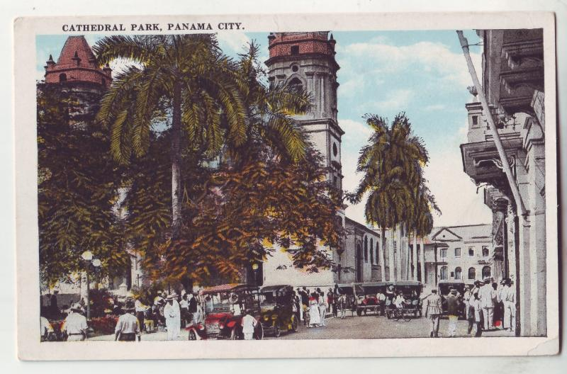 P687 JLs old card panama, many old cars, people cathedral park panama city