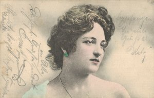 Jugendstil Woman Portrait Vintage Postcard 06.70