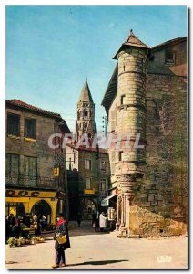Postcard Moderne Saint-Leonard-de-Noblat Old houses and tower of the sixteent...