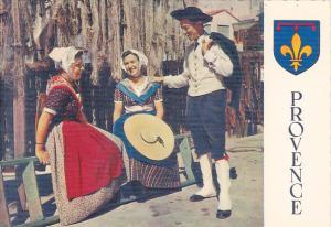 France La Basse-Provence Tambourinaire et artisans marseillais en tenue du di...