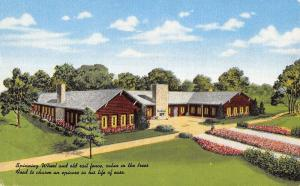 Hinsdale Illinois Old Spinning Wheel Tea Room Linen Antique Postcard K21122