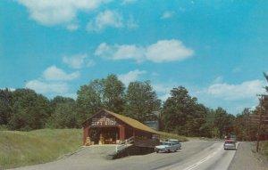 PUTNEY , Vermont , 50-60s ; Covered Bridge Gift Shop