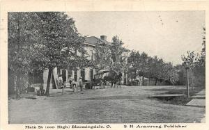 E94/ Bloomingdale Ohio Postcard c1910 Main Street Buggy Armstrong