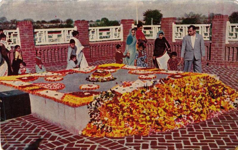 Raj Ghat Gandhiji's Samadhi , Delhi , India , 40-50s