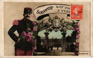 CPA MILITAIRE Souvenir Verdun (316667)