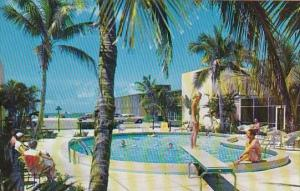 Florida Sarasota On The Shores Of The Gulf At Lido Beach Suntide Hotel Court ...