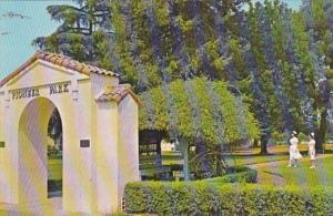 California Duarte City Of Hope Pioneer Park Entrance