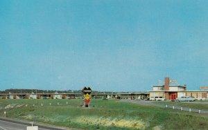 KIPTOPEKE BEACH, Virginia, 1950-1960's; Tourinns Motor Court And Restaurant