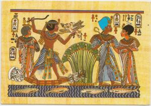 Tutankhamun and his wife Ankhesenamun hunting in the swamps and taking a walk,