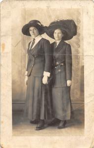 F22/ Bartlesville Oklahoma RPPC Postcard c1910 Well-Dressed Women