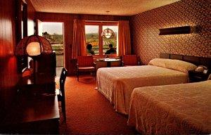 Pennsylvania North East Mum's Motel Guest Room