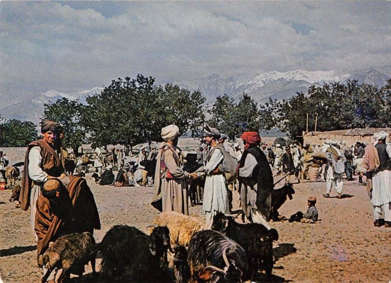 BR49652 Market day in a village near kabul    Afghanistan