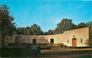Lincoln City Indiana~Memorial Building~Visitor Center~1977 Postcard