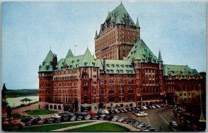 Quebec City QC Canada Postcard LA CHATEAU FRONTENAC Hotel / Street View c1940s
