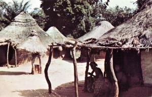 Vintage Postcard, Ju-Ju or Spirit Hut in Ika, Nigeria, typical Pagan Village 28Q