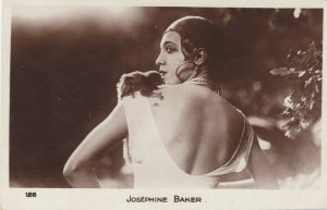 RP: Josephine Baker , Monkey on shoulder , 1920s