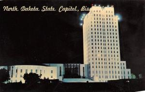BISMARCK, ND North Dakota    STATE CAPITOL Night Time View    Chrome Postcard