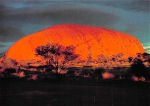 Australia Ayers Rock at Sunrise Photographes from the Red Sands Motel